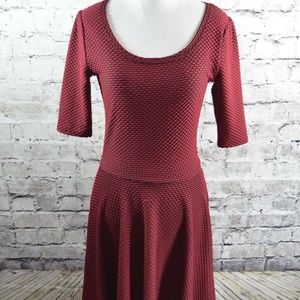 Lularoe LRR Nicole Red Black Textured Dress